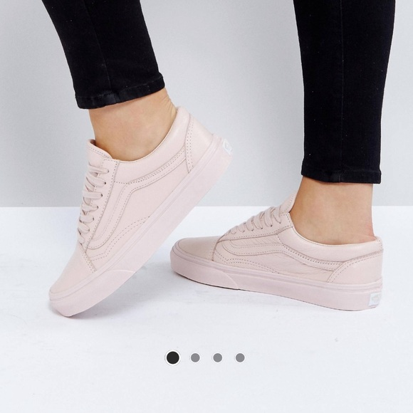 Vans Old Skool Sneakers in Pastel Pink